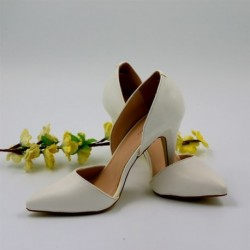 Vintage White Bridal Pumps