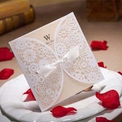 Chic White Flower Laser Cut With Bow Wedding Invitations Cards